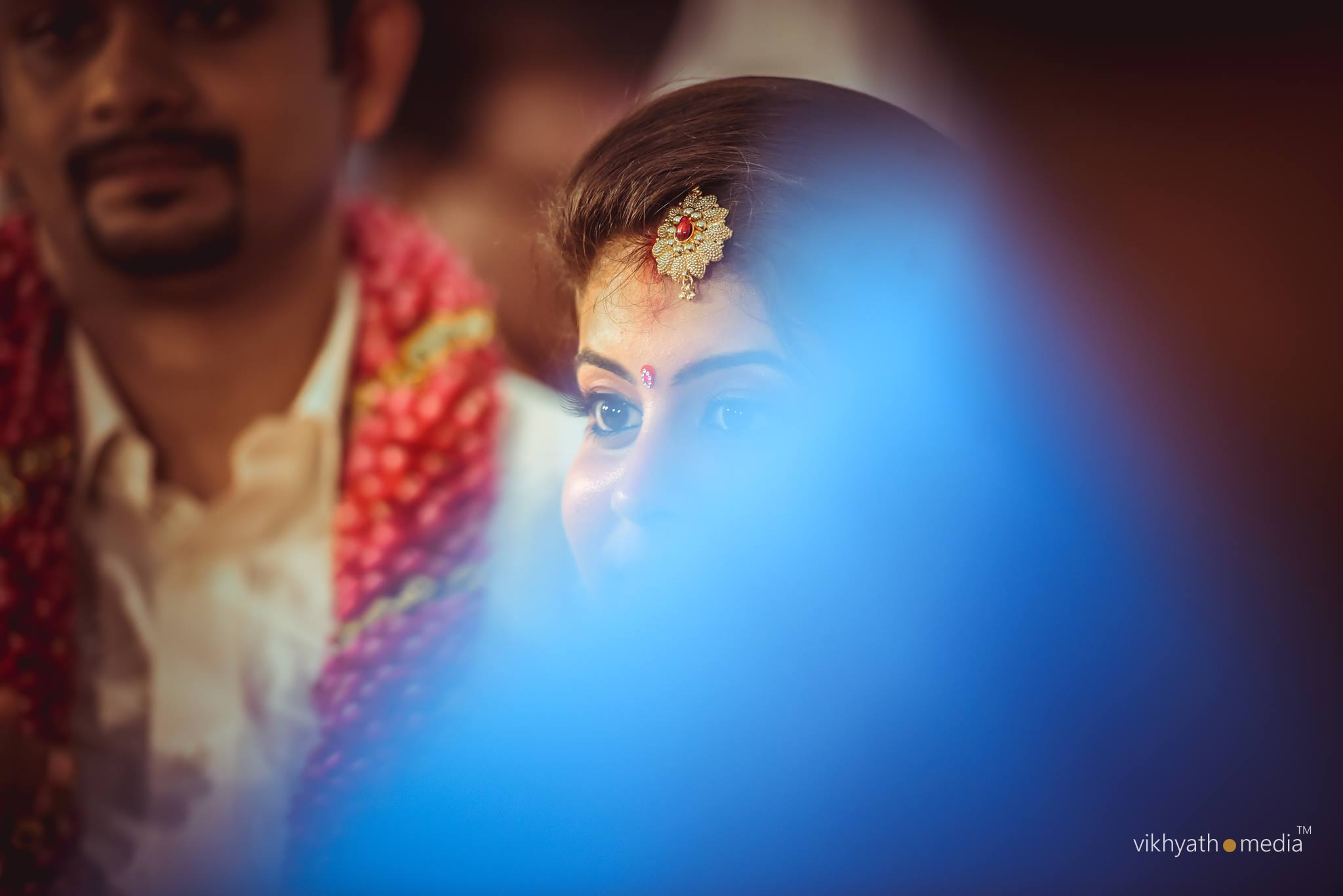 Candid moments at hindu wedding