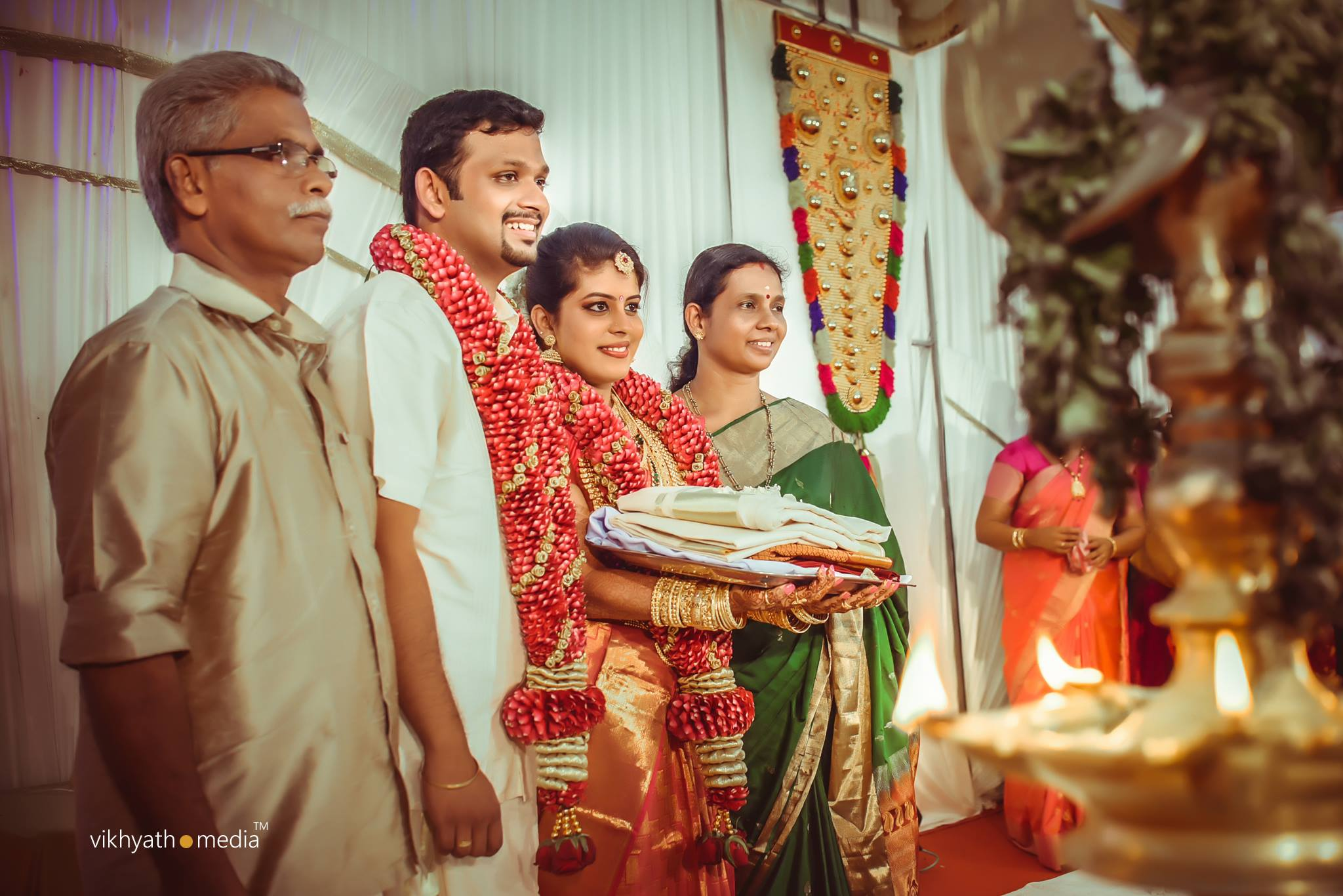 Kerala hindu wedding group photo