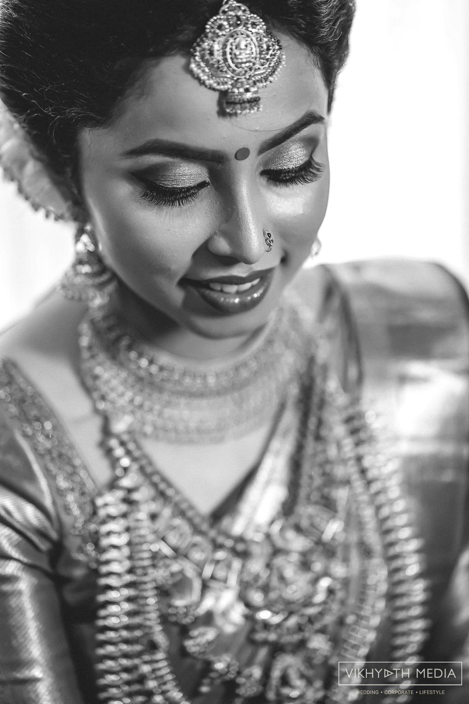kerala hindu bride Monochrome